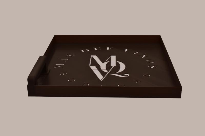 Plantilla logotipo spray – Fabricando 3D - Bodegas Más que Vinos